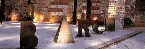 """Visual poem """"Barcino"""", by Joan Brossa, in front of"""