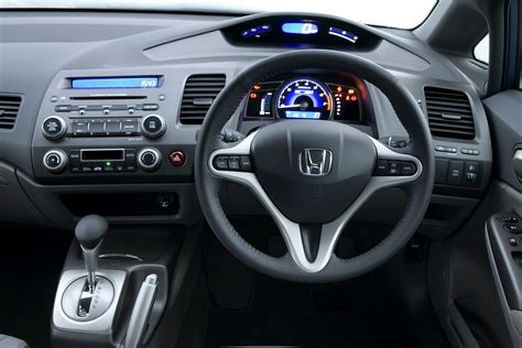 Used Honda Civic Hybrid Saloon (2006 - 2010) Review | Parkers