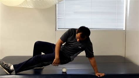 How to relieve pyriformis and hip pain with tennis ball